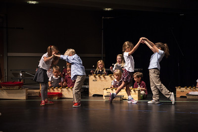 external image 2014-STAB-Grandparents-Day-Performances-LIMEFISH-STUDIO-104-S.jpg